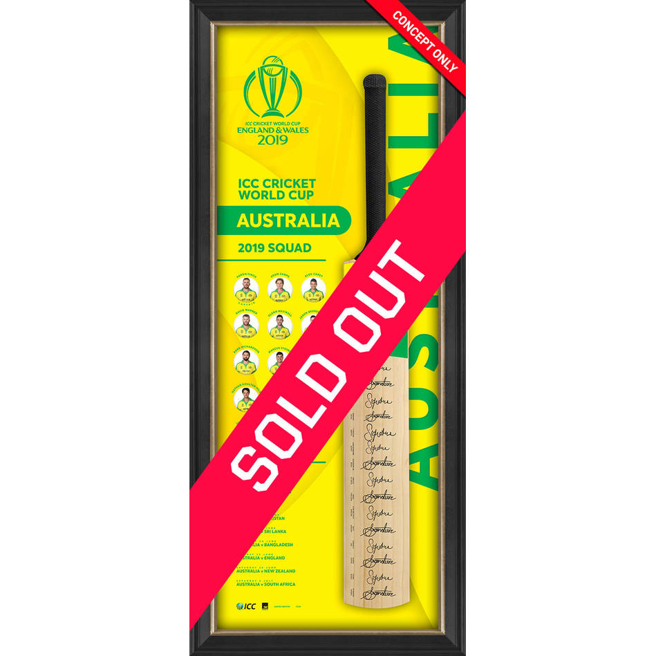mainAustralia CWC 2019 Squad Signed Bat Display0